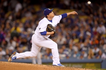 Blue Jays sign free agent Ryu to four-yeardeal