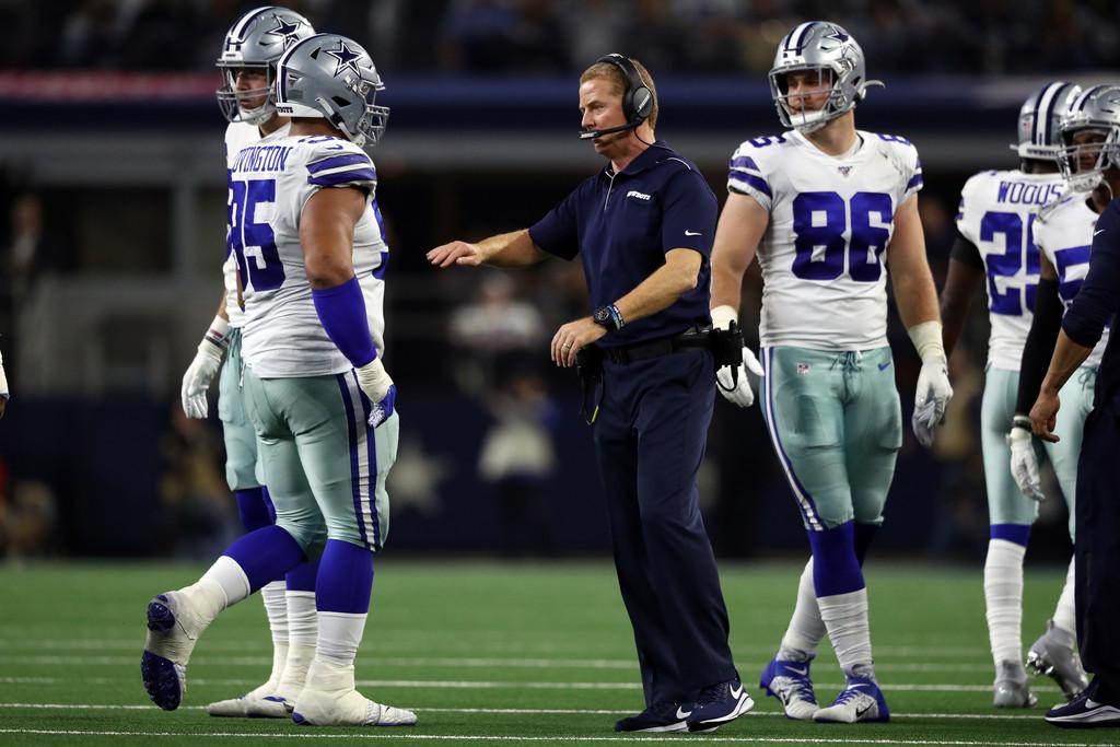 Dallas Cowboys head coach Jason Garrett celebrates with his team against the Buffalo Bills on 2019 Thanksgiving Day