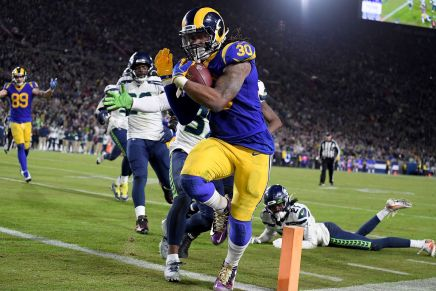 Rams snap Seahawks five-game win streak on SNF
