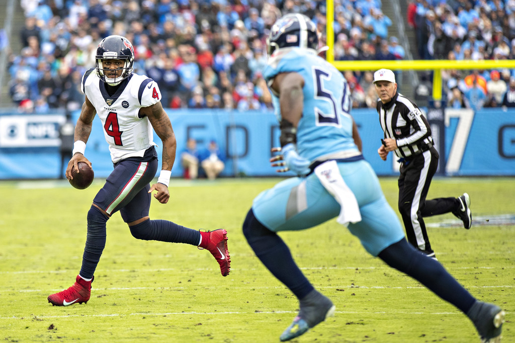 Houston Texans quarterback Deshaun Watson attempts to pass against the Tennessee Titans