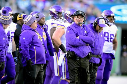 Vikings owner shuts down Zimmer rumors to Dallas
