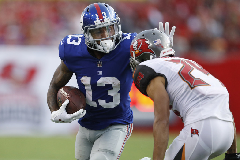 Former New York Giants wide receiver Odell Beckham Jr. runs after a reception in the third quarter of the game against the Tampa Bay Buccaneers