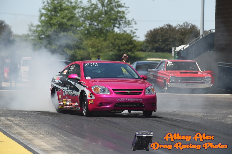 Drag Racer Brina Splingaire doing a burnout before going down the track