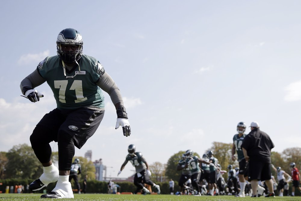 Former Philadelphia Eagles offensive tackle Jason Peters runs a drill during practice