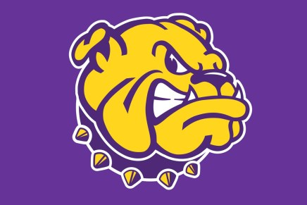 Leathernecks part ways with basketball coach Billy Wright