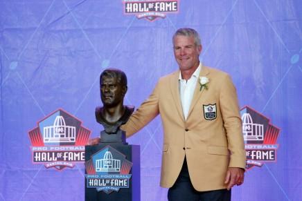 NFL legend Favre to give back money in Miss. welfarescheme