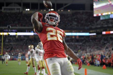 Chiefs' Damien Williams robbed in LA atAirbnb