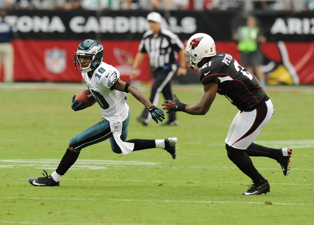 Philadelphia Eagles wide receiver DeSean Jackson runs up the field after making a reception against the Arizona Cardinals
