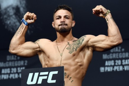 UFC fighter Mike Perry gets in fight at a bar, punches heckler
