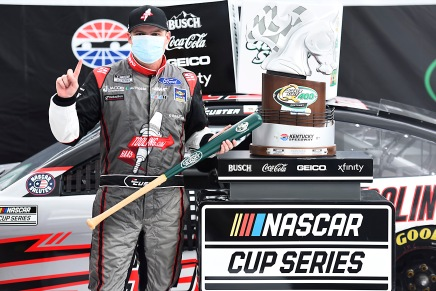 Custer wins first Cup Series race at Kentucky Speedway