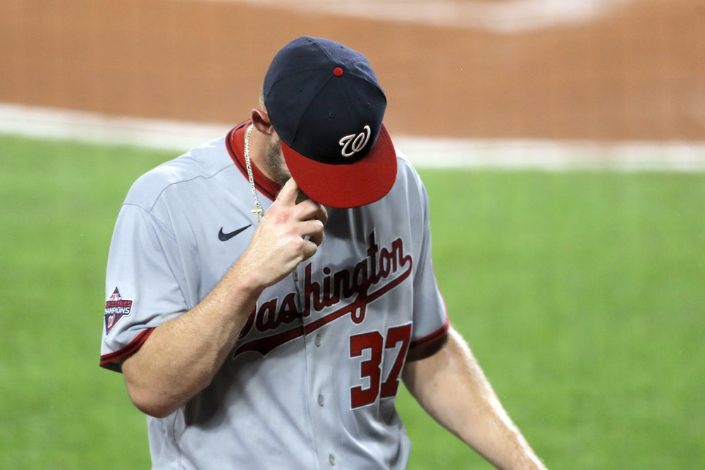 Washington Nationals starting pitcher Stephen Strasburg heads to the dugout after leaving the game against the Baltimore Orioles