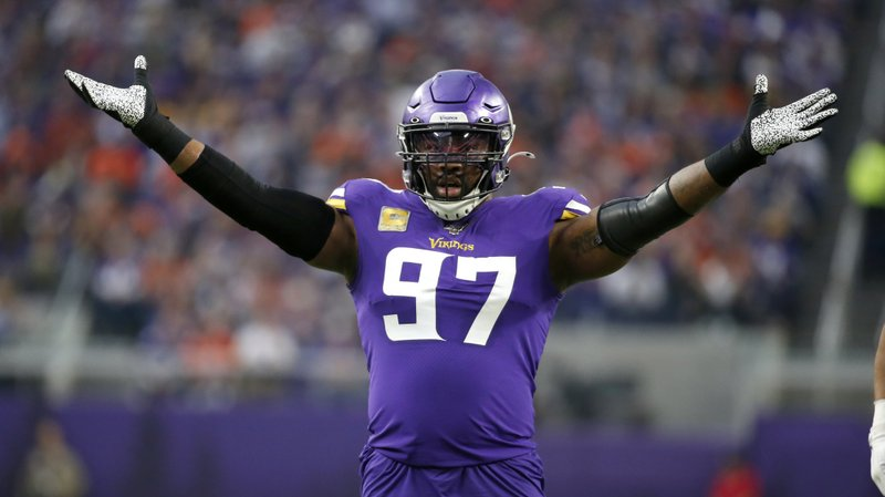 Former Minnesota Vikings defensive end Everson Griffen celebrates a sack against the Denver Broncos
