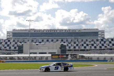 Elliott wins inaugural Cup Series road course event at Daytona
