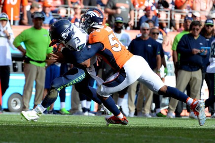 Broncos' Von Miller likely suffered season-ending ankle injury