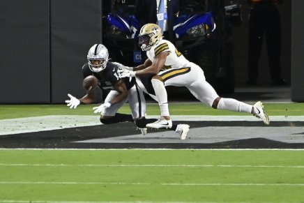 Raiders defeat the Saints in their first-ever game in the Death Star