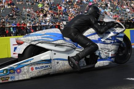 Savoie defeats Gladstone to win third Texas MotorplexWally