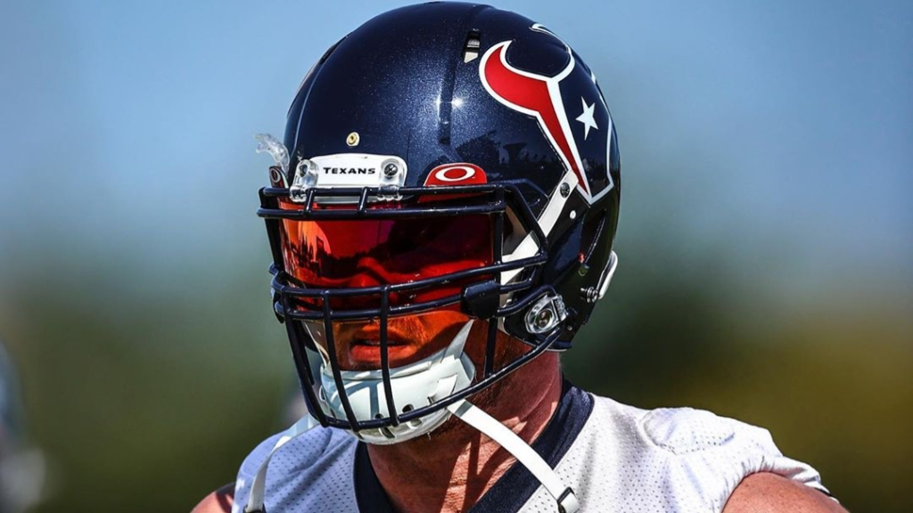 Houston Texans star defensive end J.J. Watt practices with his teammates before the team's October 4th game against the Minnesota Vikings