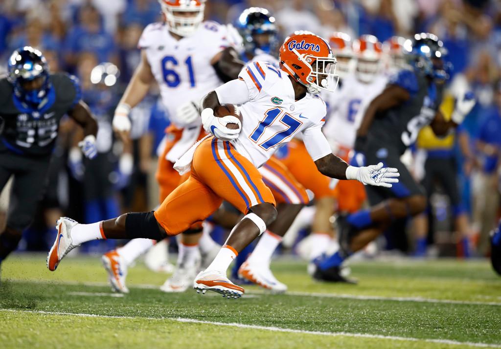 Florida Gators running back Kadarius Toney runs with the ball against the Kentucky Wildcats