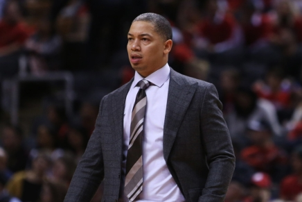 Lue agrees to become Clippers head coach; agrees to five-year deal