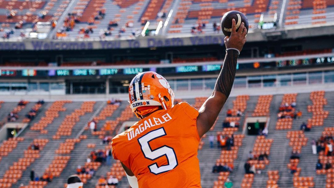 Clemson Tigers quarterback D.J. Uiagalelei warms up before their game with the Boston College Eagles