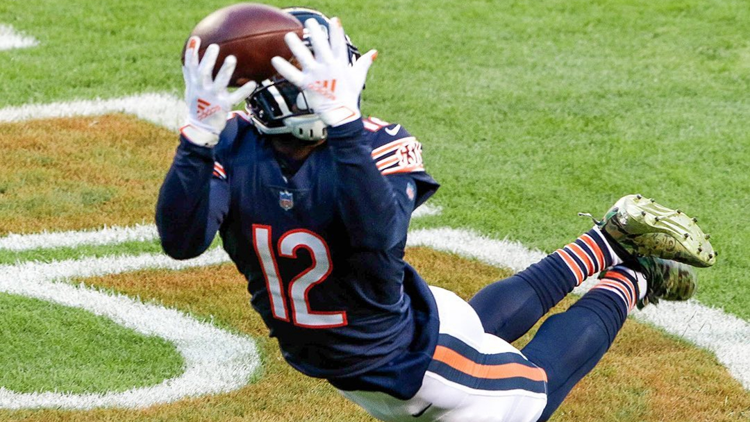 Chicago Bears wide receiver Allen Robinson II makes a diving touchdown reception against the New Orleans Saints