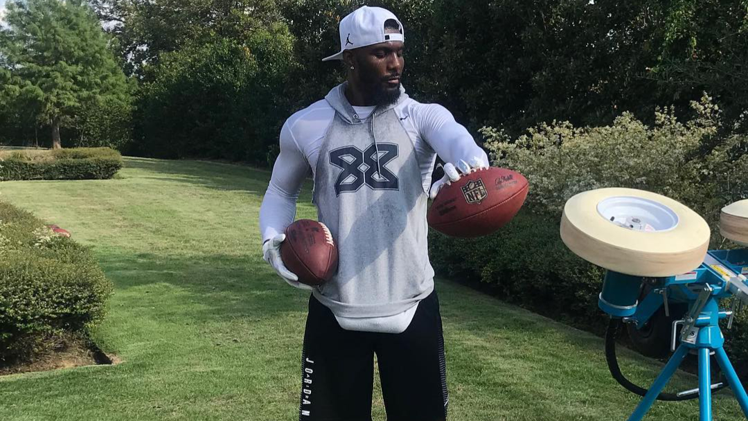 Former Dallas Cowboys wide receiver Dez Bryant practices to get another NFL chance