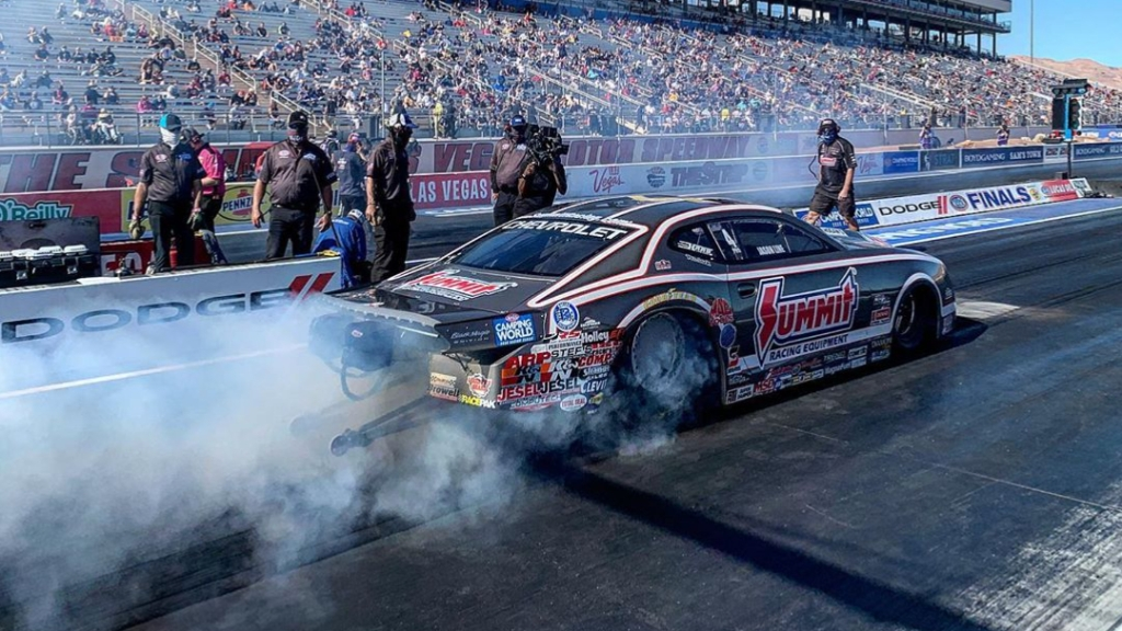 Summit Racing Equipment Pro Stock driver Jason Line racing on Saturday at the 20th annual Dodge NHRA Finals presented by Pennzoil
