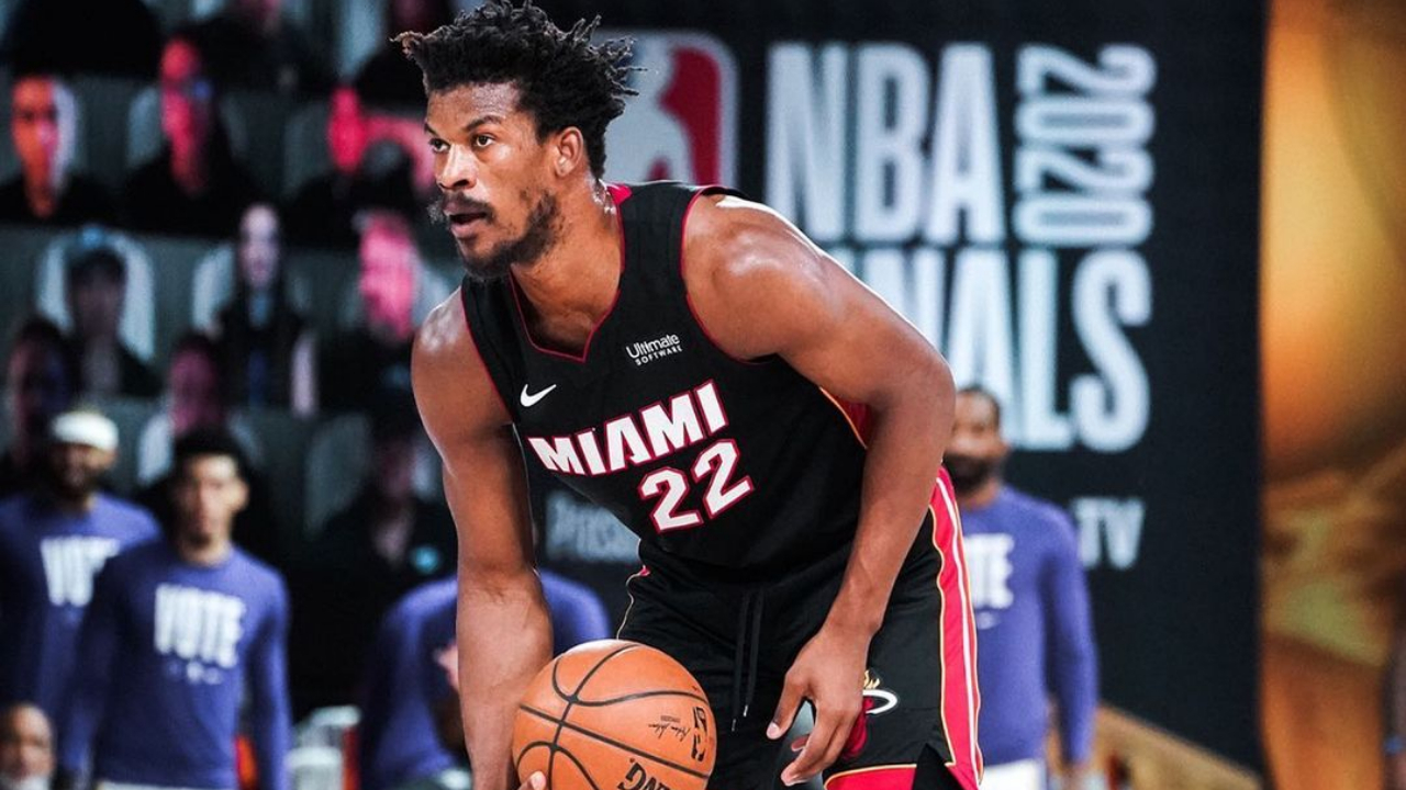Miami Heat guard/forward Jimmy Butler looks for a play during Game 6 of the 2020 NBA Finals against the Los Angeles Lakers