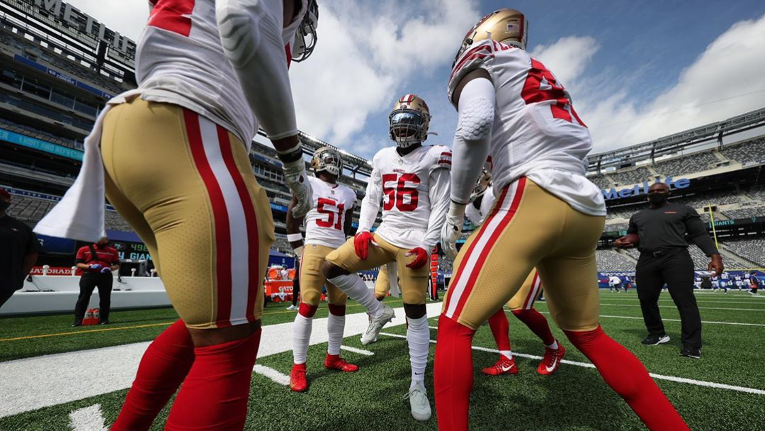 Former San Francisco 49ers linebacker Kwon Alexander amps up his teammates before their September 27th game against the New York Giants