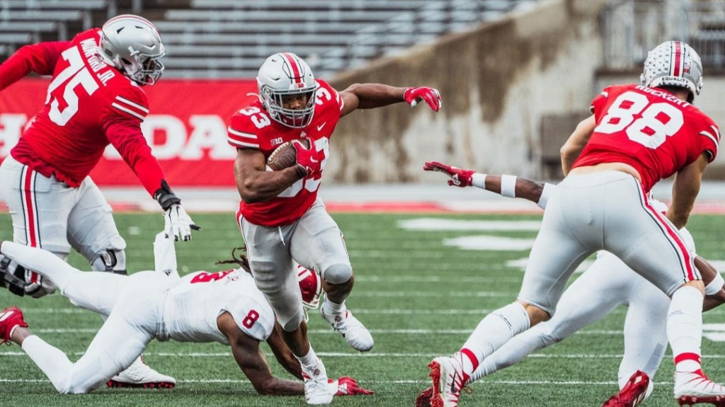 Ohio State Buckeyes running back Master Teague III carries the football against the Indiana Hoosiers