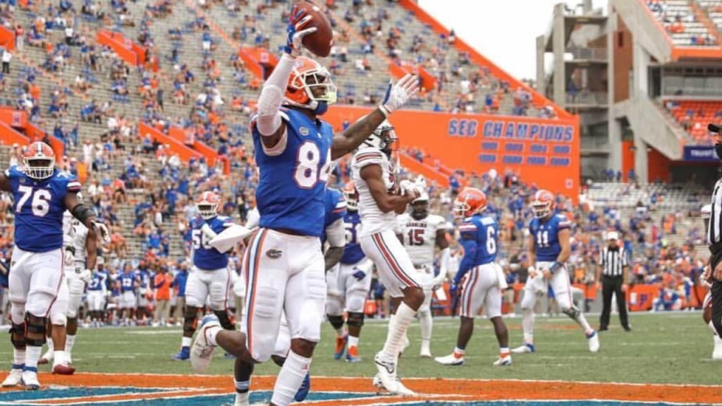Former Florida Gators tight end Kyle Pitts catches a touchdown against the South Carolina Gamecocks