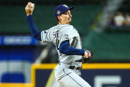 Padres make deal to acquire Rays pitcher BlakeSnell