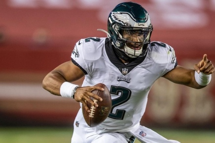 Eagles make Hurts the starting QB for 2020 Saints game