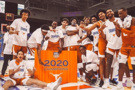 Coleman III's 18-footer gives Texas the 2020 Maui Invitational Championship over UNC