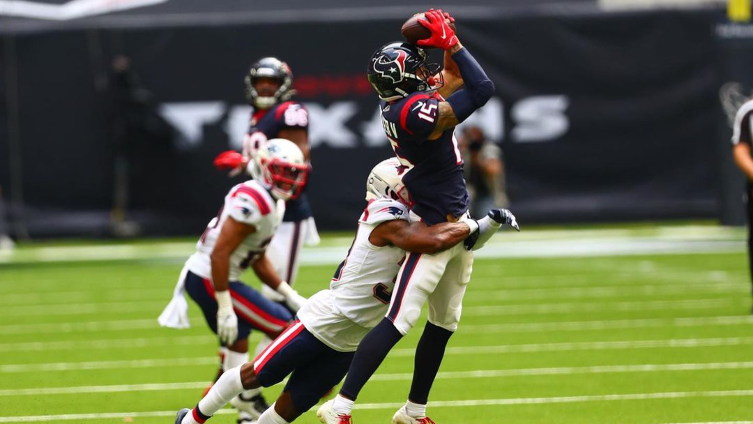 Houston Texans wide receiver Will Fuller V makes a reception against the New England Patriots
