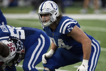 Colts tackle Anthony Castonzo retires after a decade in theNFL