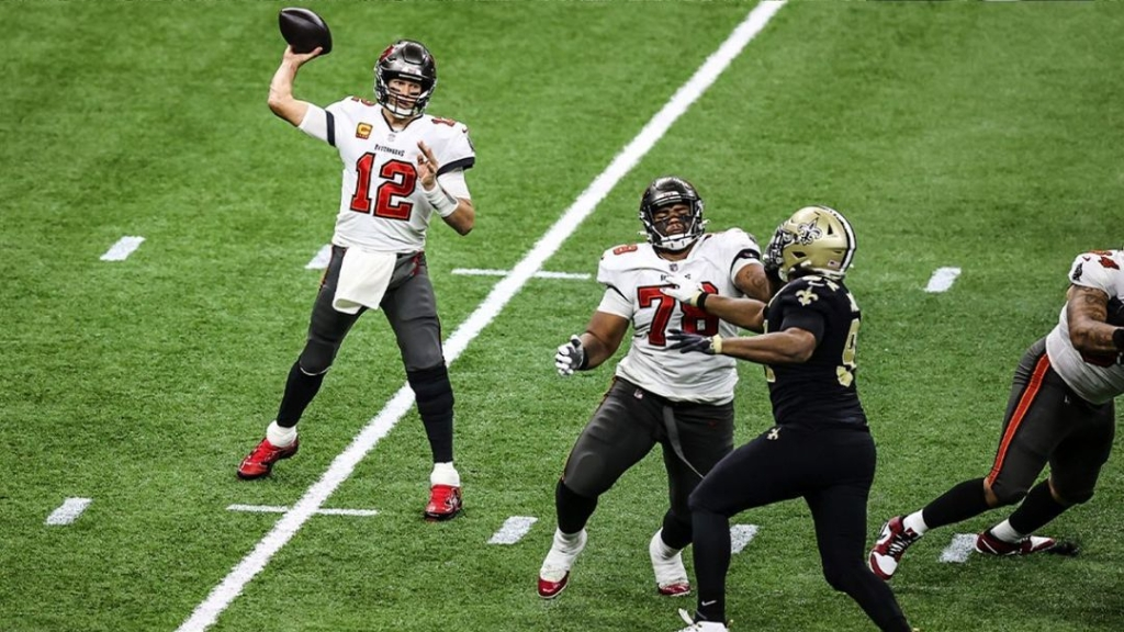 Tampa Bay Buccaneers quarterback Tom Brady attempts to throw a pass against the New Orleans Saints