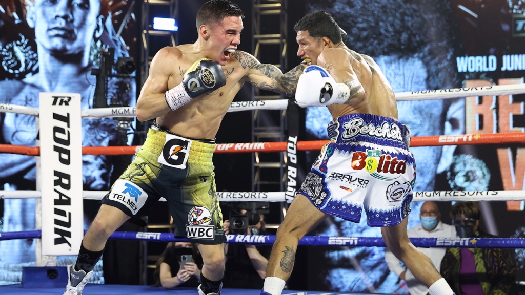 Óscar Valdez and Miguel Berchelt exchange punches during their fight for the WBC Super Featherweight Championship belt