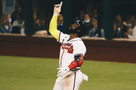 Braves re-sign Marcell Ozuna to a four-yeardeal