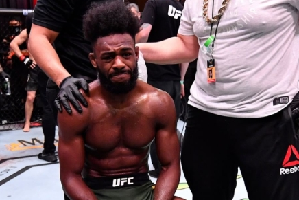 Controversial illegal knee strike gives Bantamweight belt to Sterling