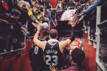 Griffin signs veterans minimum deal with theNets