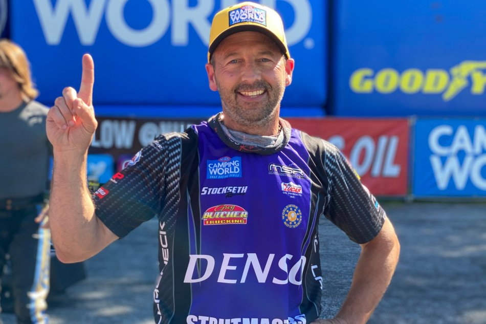 Pollacheck claims third No. 1 qualifier of hiscareer